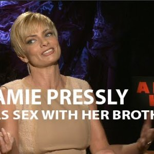 Jamie Pressly Has Sex With Her Brother