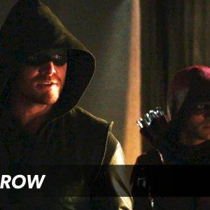 Arrow – The Secret Origin of Felicity Smoak Trailer