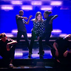 Christine And The Queens – Christine – Live du Grand Journal