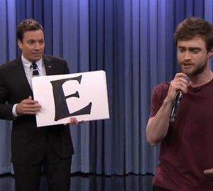 Daniel Radcliffe enflamme le public en rappant l'alphabet