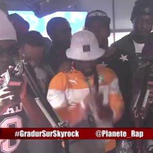 Freestyle de Nyda avec Gradur en live dans Planète Rap !