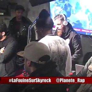 """La Fouine """" Saha"""" + freestyle d'Hooss en live dans Planète Rap !"""