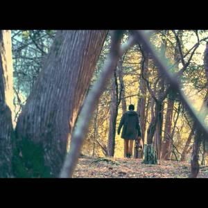 Jake Isaac : clip Waiting Here (filous Remix)