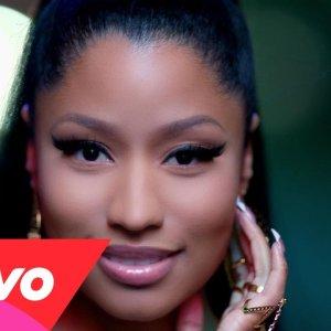 Nicki Minaj : clip The Night Is Still Young