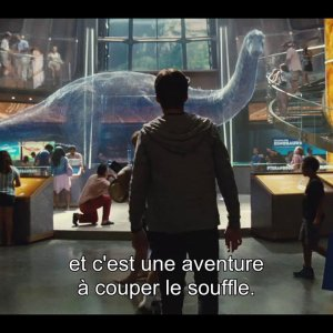 "Jurassic World : Featurette ""Les dessous de Jurassic World"" VOST"